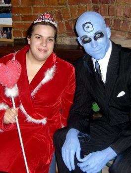classiest costume with a picture of a fleet footed hart on her back and dr manhattan from watchmen winner of geekiest costume and uma thurman in